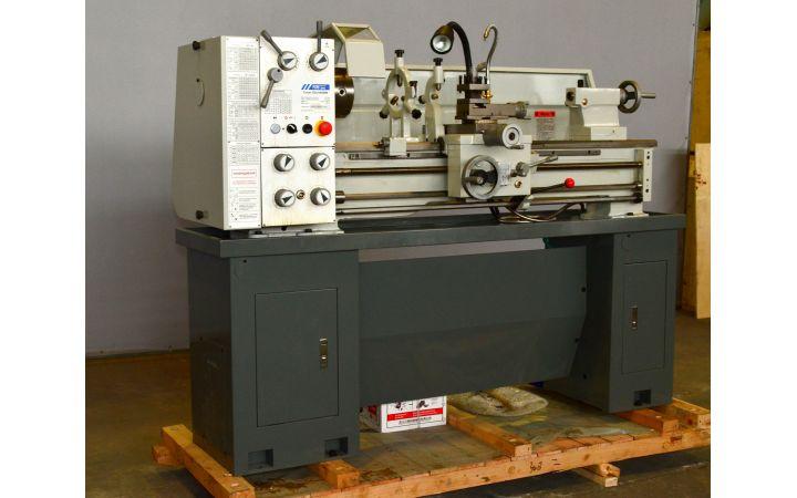Токарный станок по металлу FDB Maschinen Turner 320x1000WM