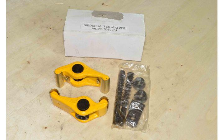 Комплект прижимов для паза 16 мм / М12 (3352031)